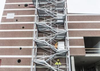 trappeoppganger av stål